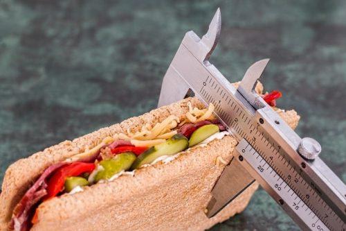 Dietas sin orientación médica suelen derivar en desnutrición