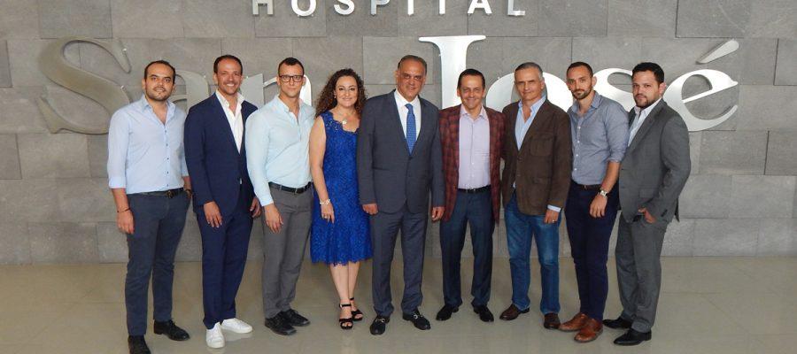 Festejan a Médicos del Hospital San José de Querétaro en su día